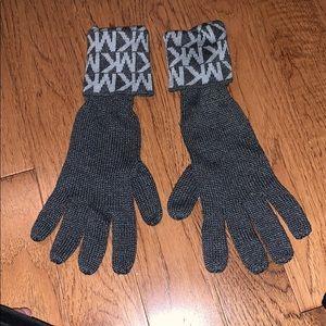 MK Gloves